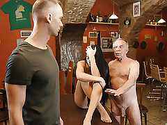 DADDY4K. Old father entices beautiful dark-haired while stepson left..