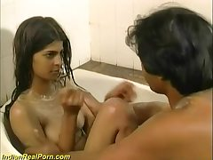 Fresh, Indian babe had a relaxing bath and then had casual hook-up with her boy